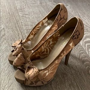 Chinese Laundry Nude Lace Pumps